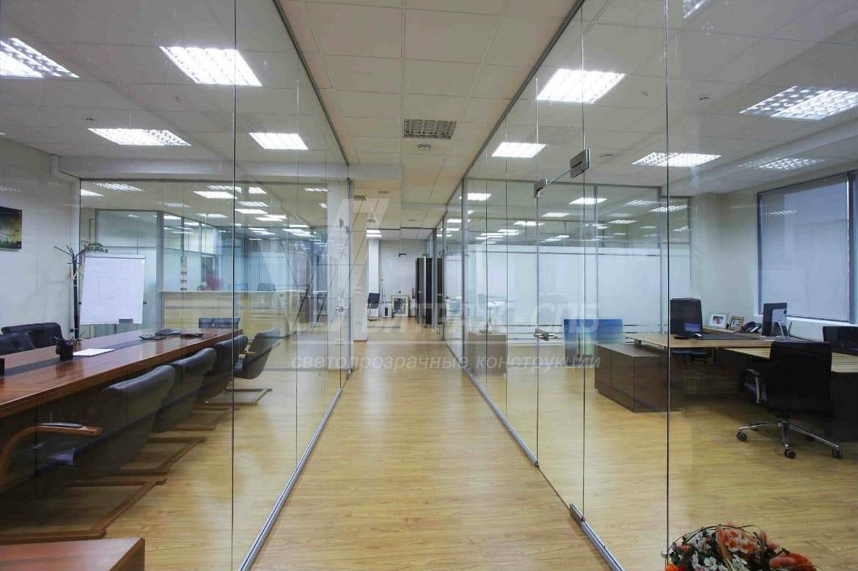 Стеклянные двери для офиса: виды и преимущества-Витраж СПб