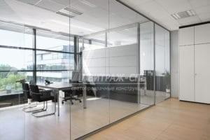 Какие перегородки установить в офисе: алюминиевые или стеклянные?-Витраж СПб
